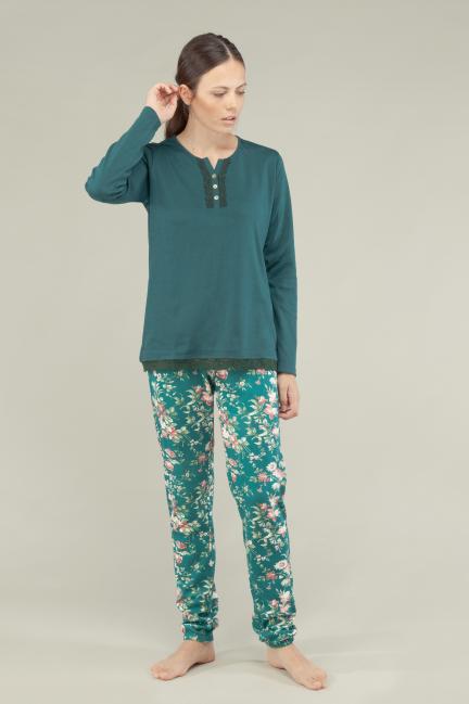 Pijama con pantalón estampado y puntilla