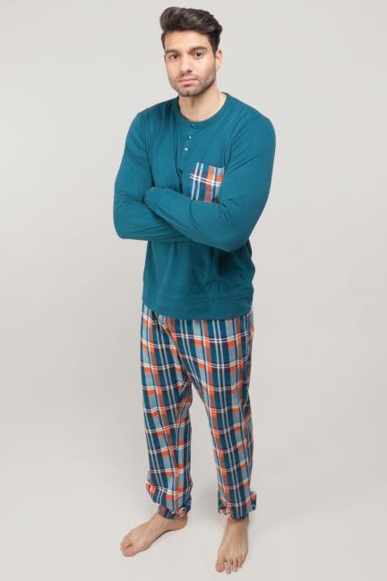 Pijama con pantalón de cuadros