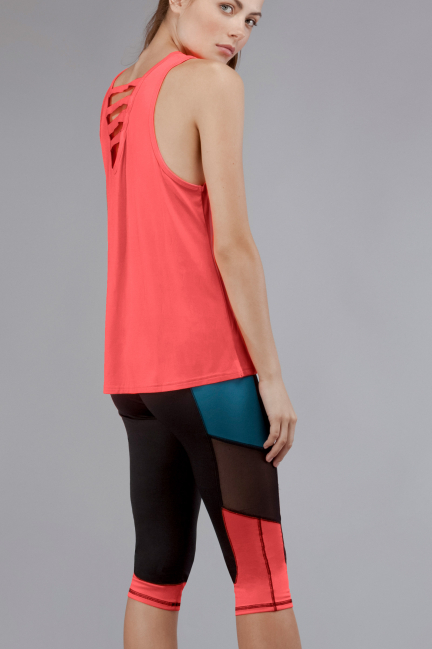 Sports strappy t-shirt