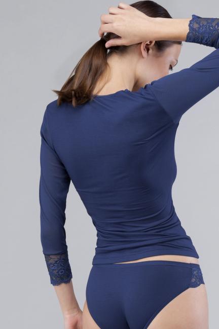 Camiseta tul con encaje