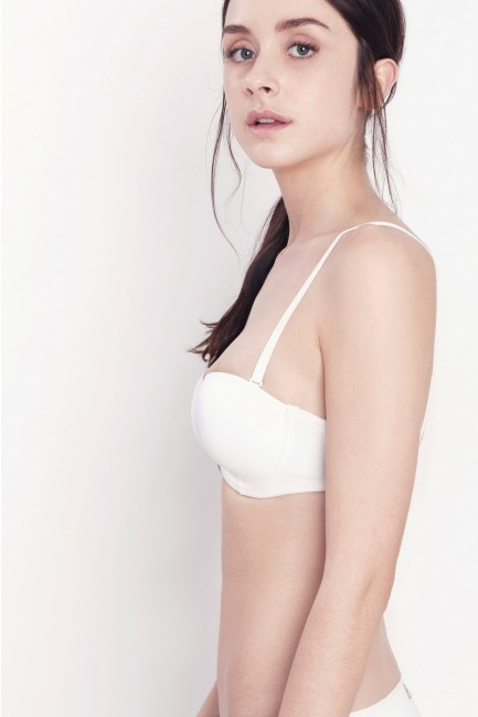 Underwired padded bra with detachable straps