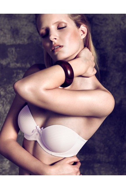 Bra with detachable straps